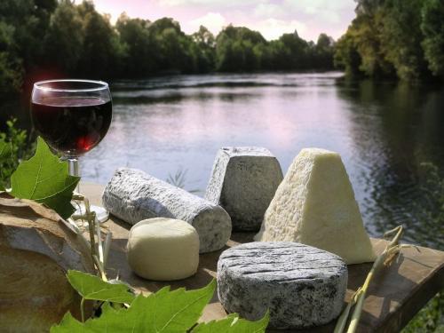 Fromages de Chèvres et Vin. Gourmandise en Touraine